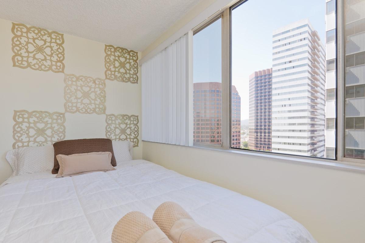 Sunny West Los Angeles City Views