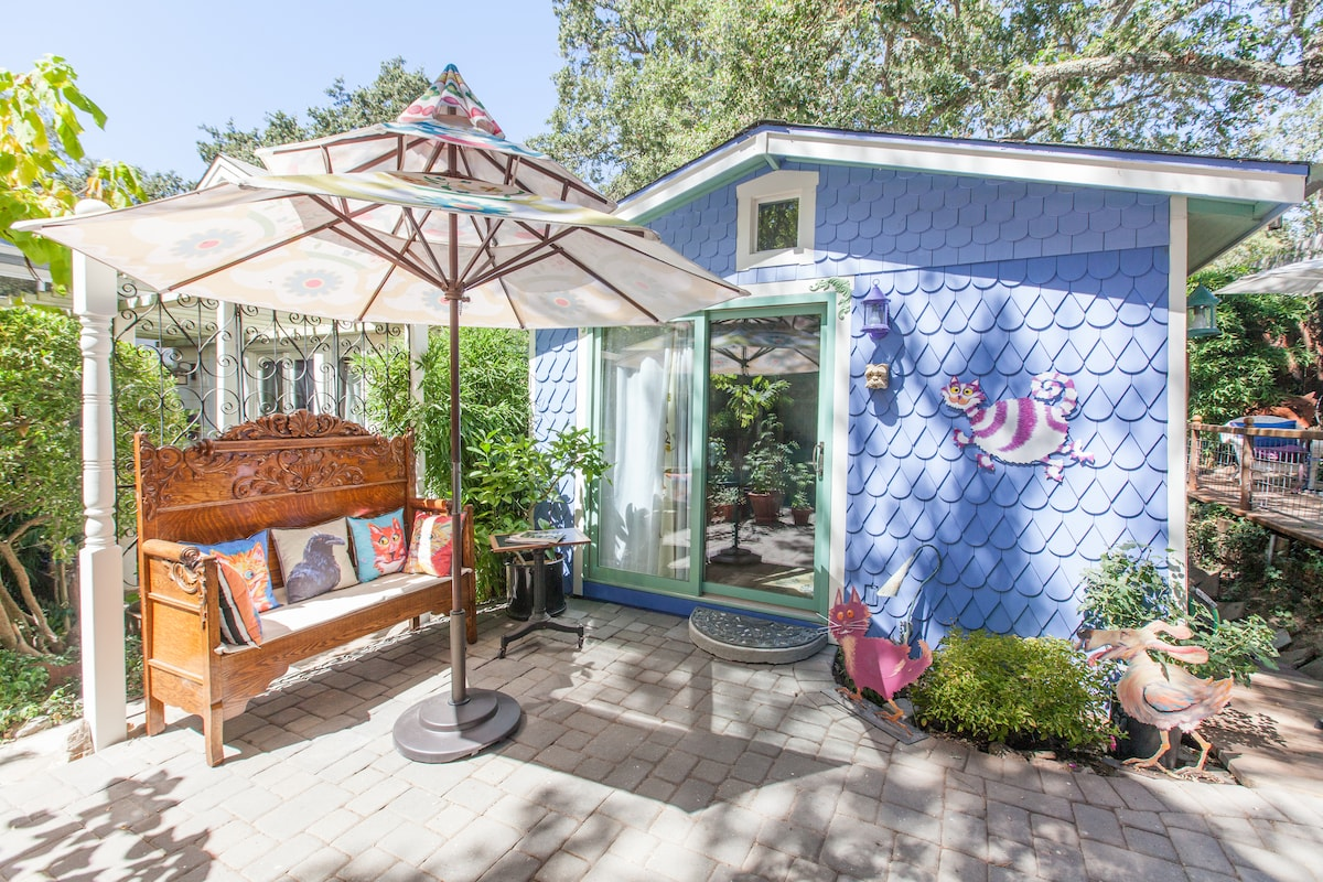 Front of Crow Cottage has an unusual shingle design for extra cuteness