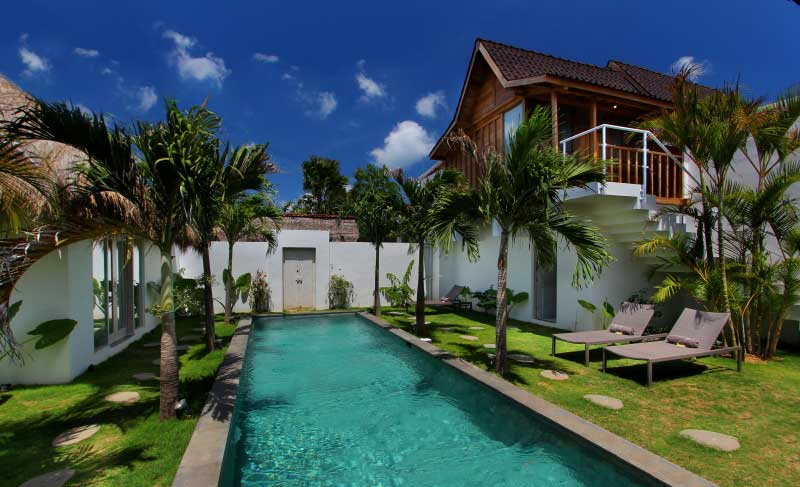 Pool view. At the bottom, find the Balinese front door.