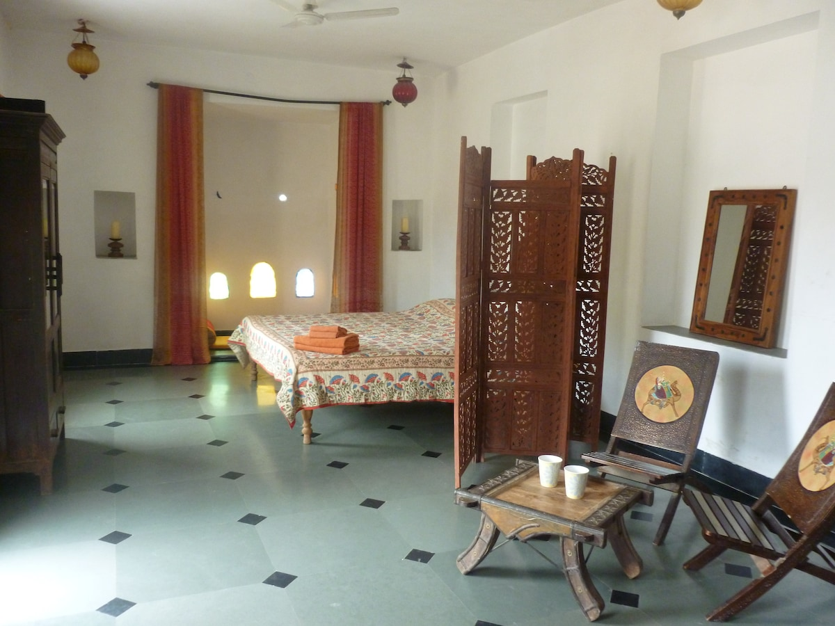 Silver Moon Haveli Apartment