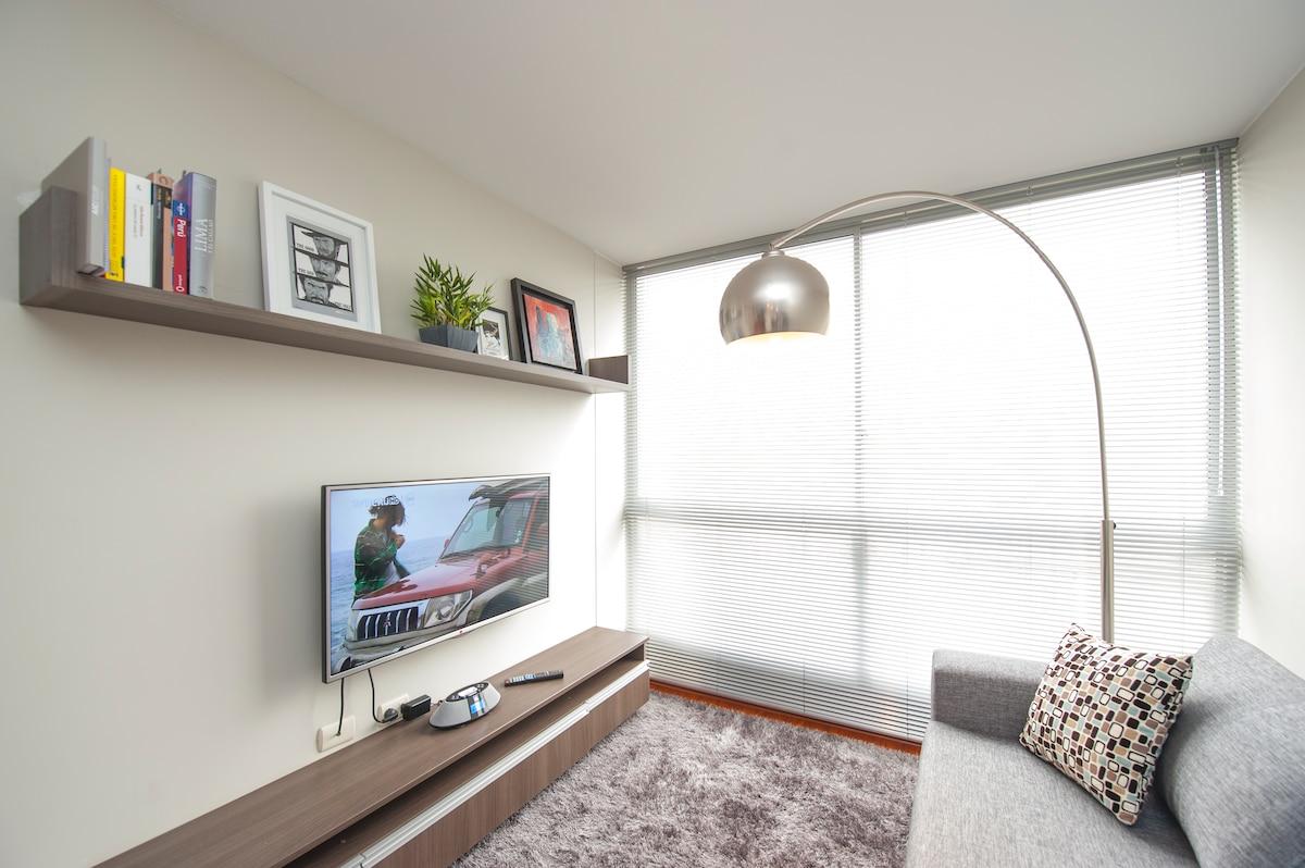 Cozy  Apartment close to San Isidro