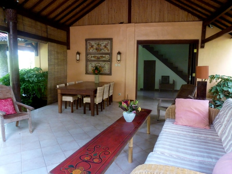 Ubud 3 Bedroom Cottage Country Home - outdoor veranda