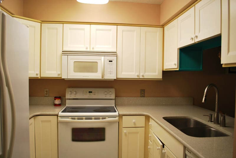 The kitchen is fully equipped and has everything you need for cooking and dining:  electric stove, fridge, dishwasher, utensils, pots and pans, dishes etc.