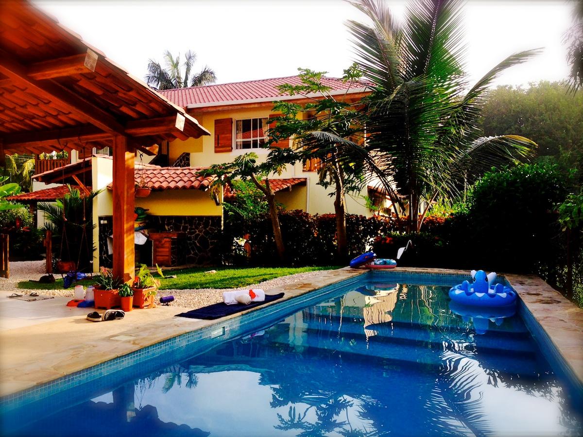 Costa Riki Apartments, SANTA TERESA
