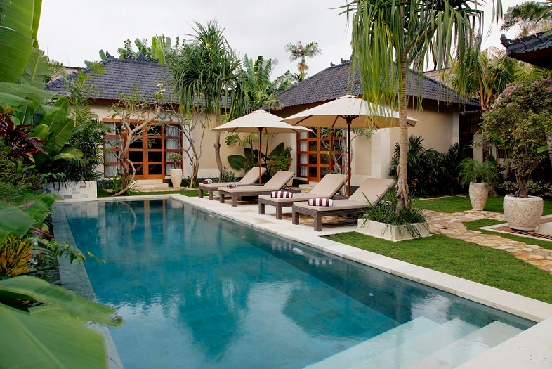 Heart of Seminyak - new Villa Dayak