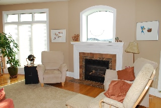 Nice, cozy family room.  Guests are welcome upon invitation.