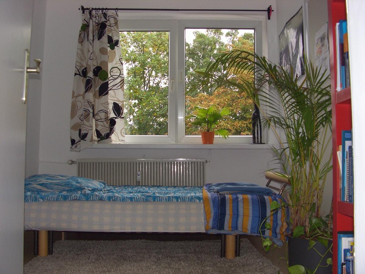 Schönes Gästezimmer in Köln-Sülz