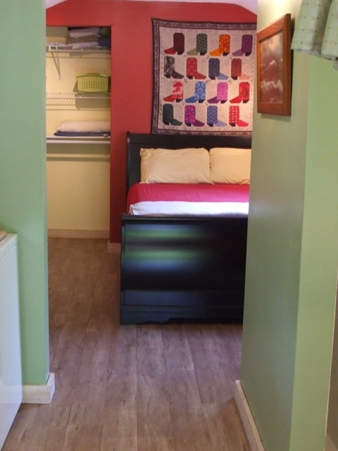 Awesome double bed and plenty of closet space.