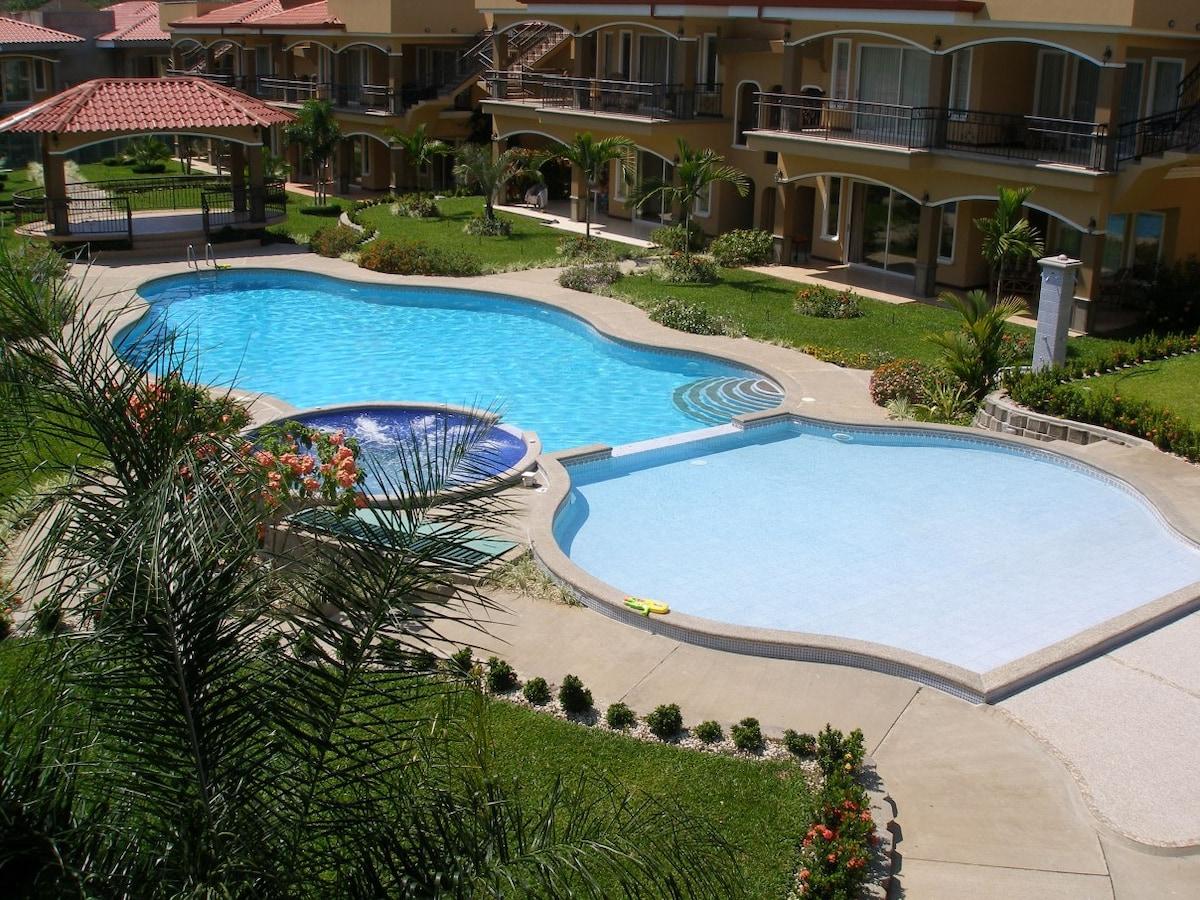 Beautiful condo great location!