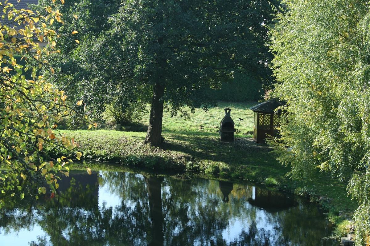 Maison Bellevue-private pond