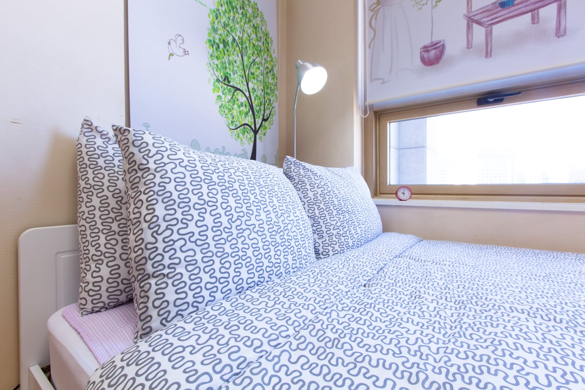 Fresh bedding