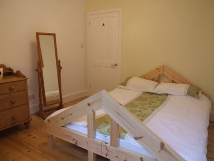 Bedroom 2 - this bed divides into 2 singles. No centre rung!