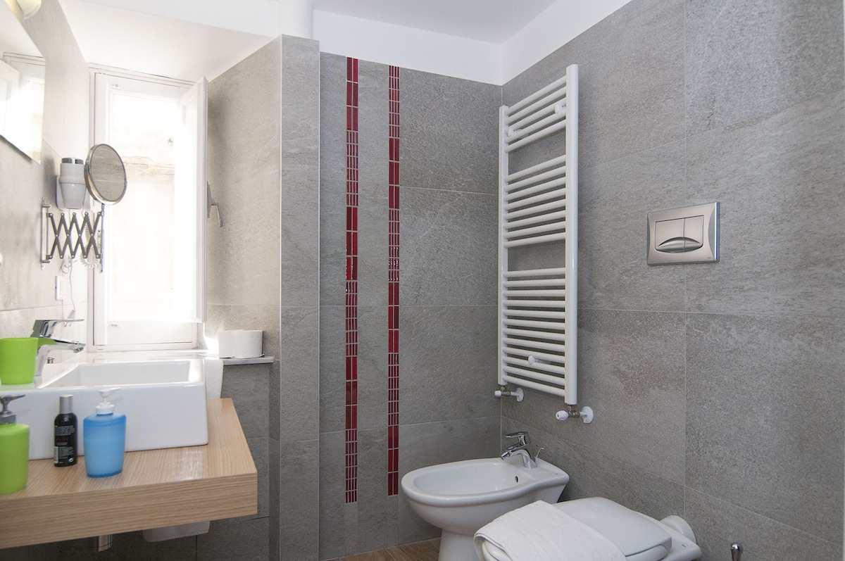 Ensuite Room 102 in Modica Old Town