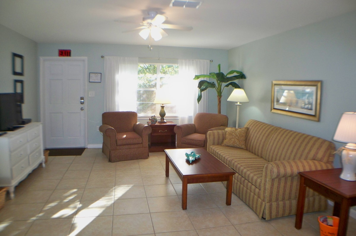 Just Beachy, Living Room with Sofa Bed and Flat screen TV