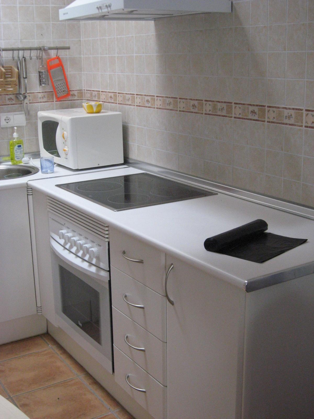 Full equiped kitchen - Cuisine totalement équipée - Cocina totalmente equipada