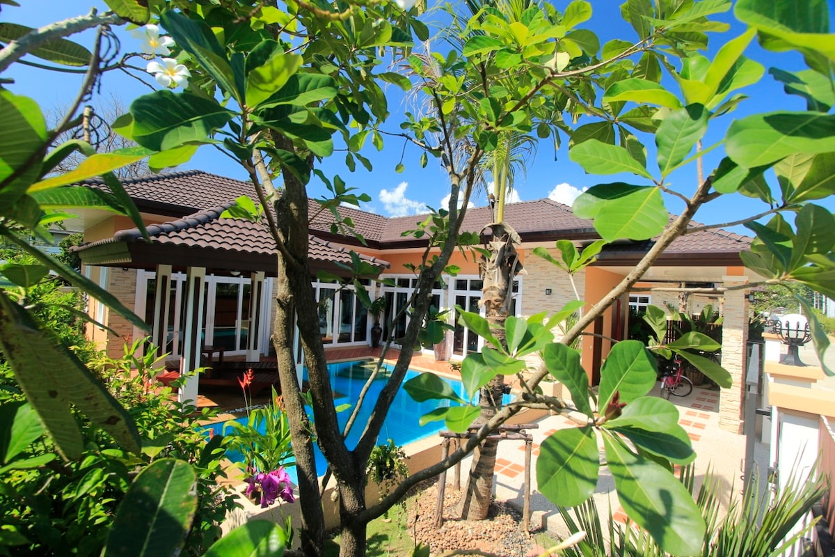 New Rawai Private Villa 2 with pool