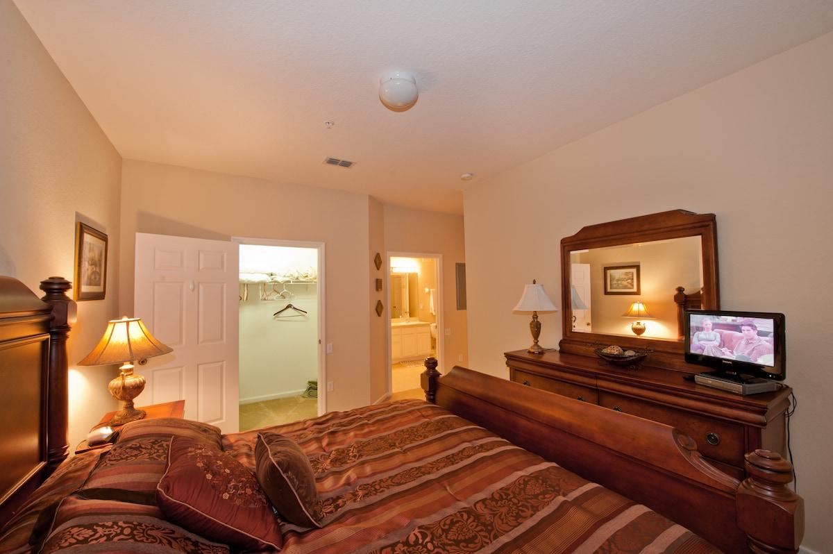3 bedroom 1 mile to Disney WIFI $75