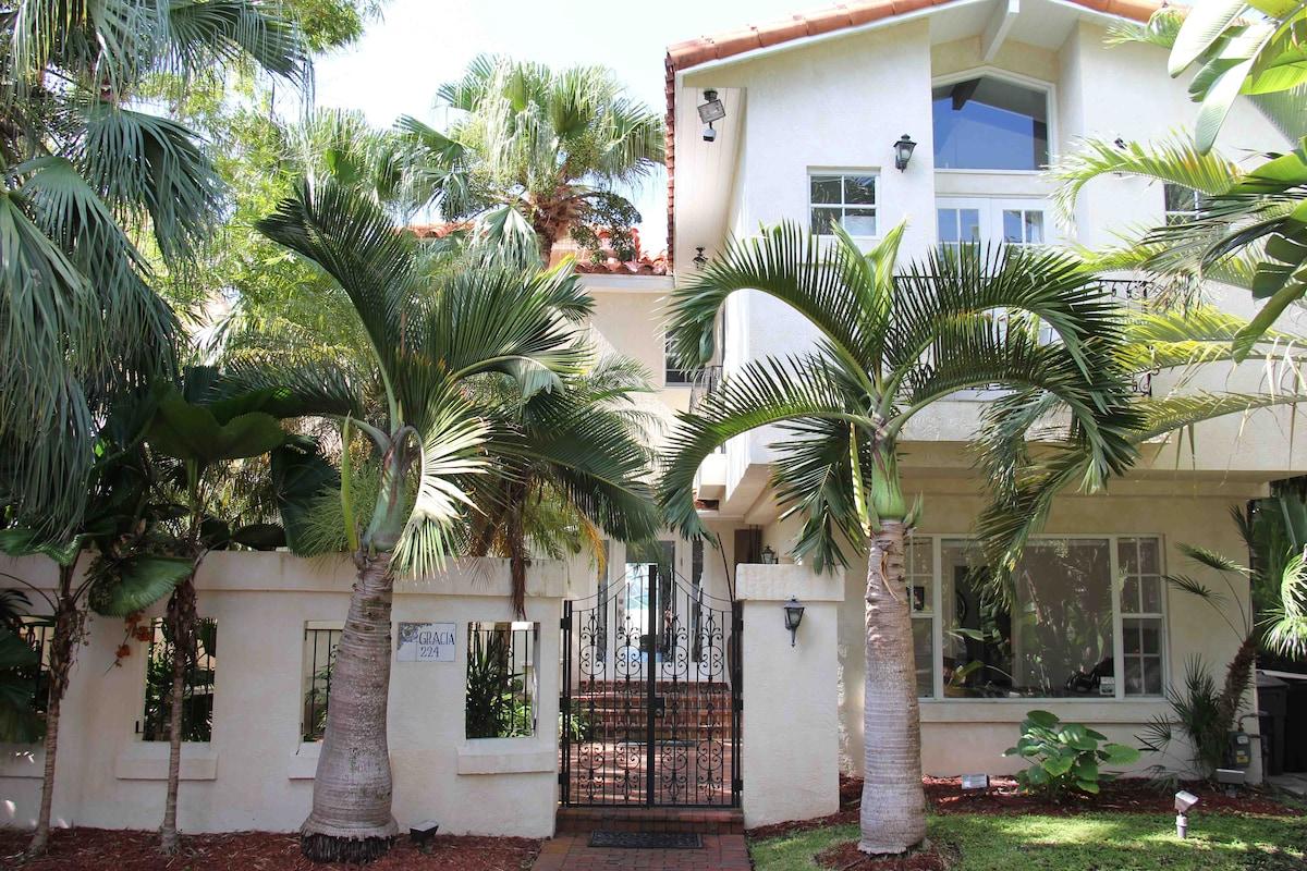 S Beach Island Mansion Pool-BBQ-Spa