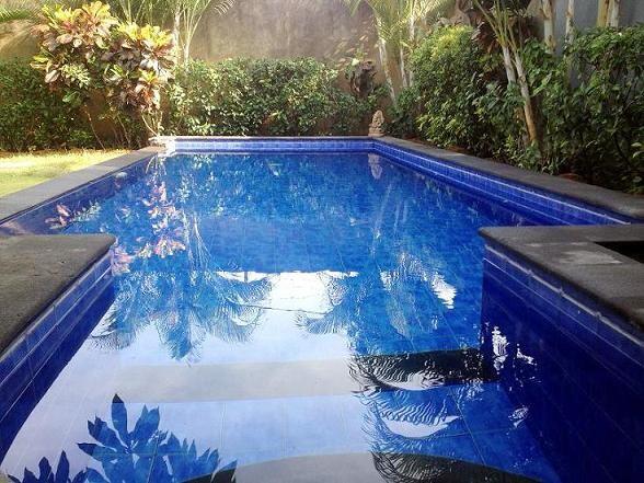 Pool 8m x 3m