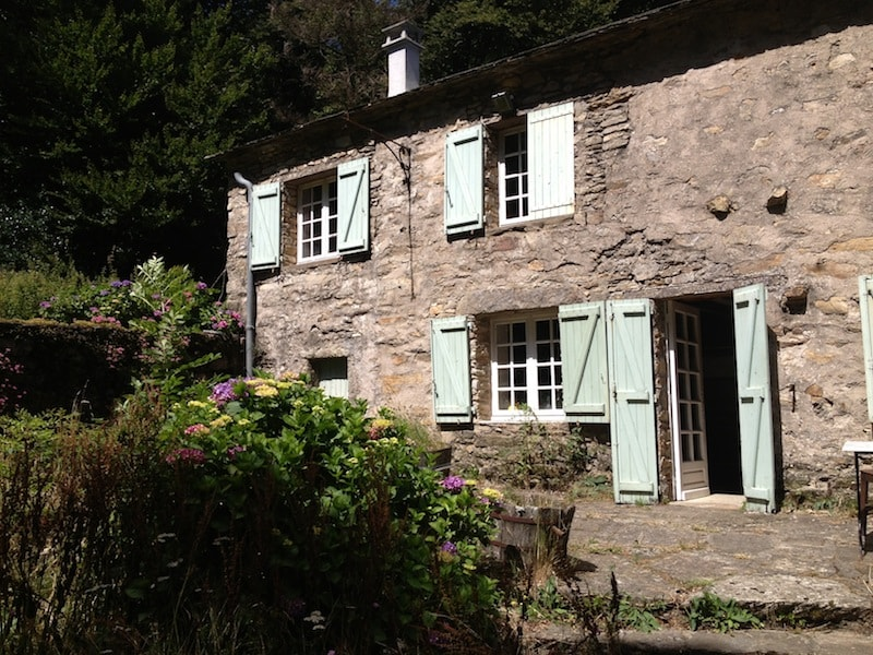 Pretty little cottage in the Southern French hillside near Carcassonne