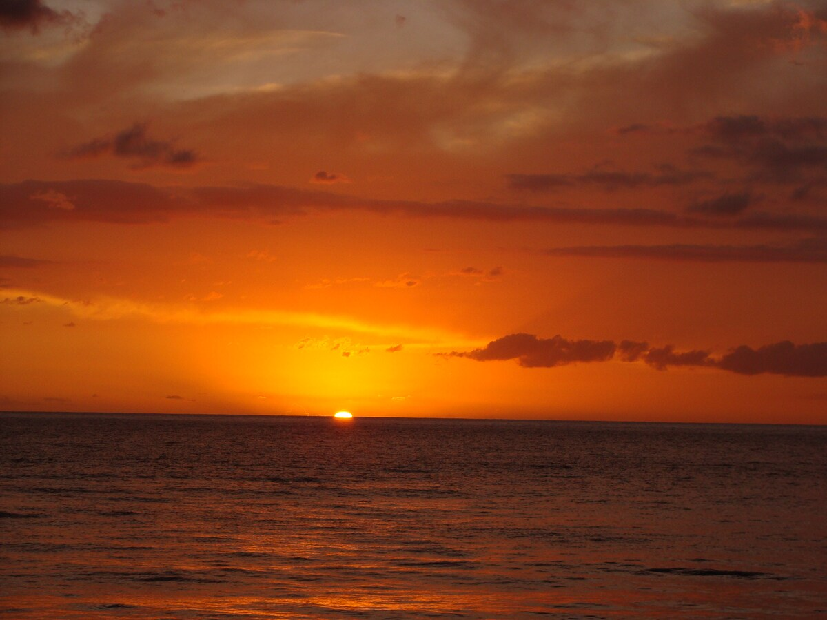sunset on Corcega beach