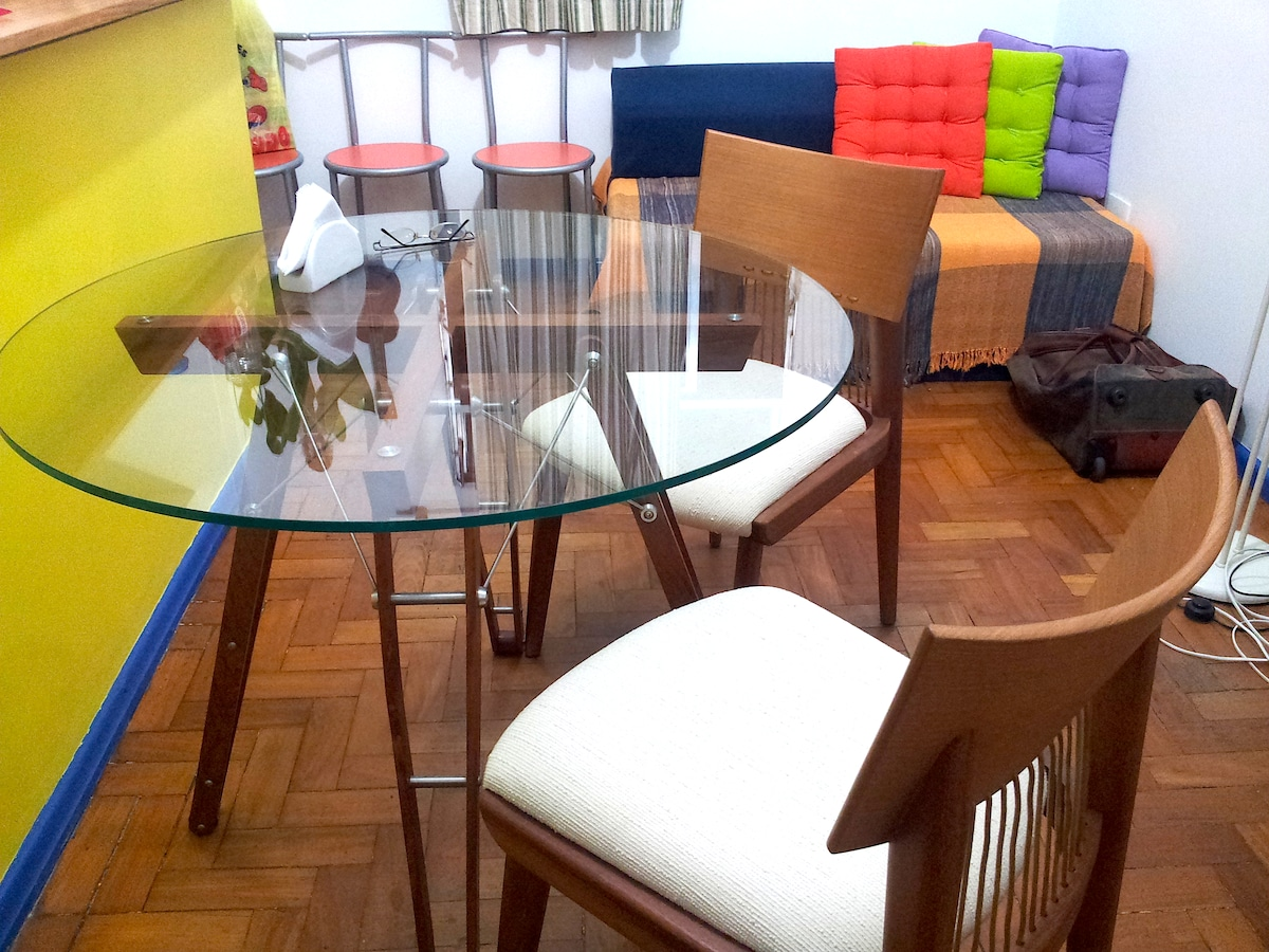 New designer table and chair by Saccaro International -