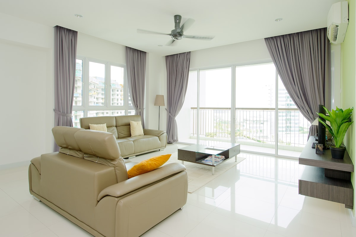 Passpaces Property- Luxury Condo