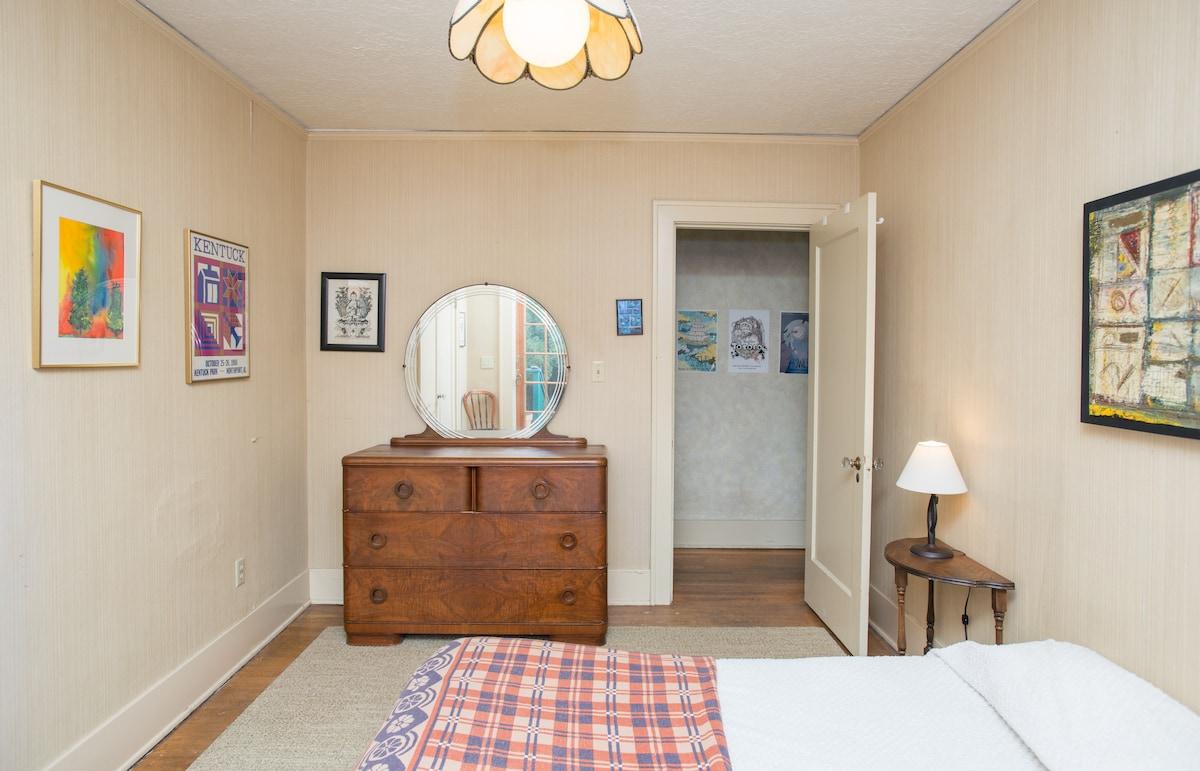 Bedroom, Bikes, and Breakfast!