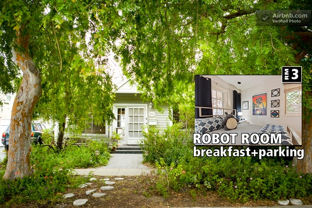 If you like Animation and/or Robots you will love this room. Also if you love art, the beach, good food….