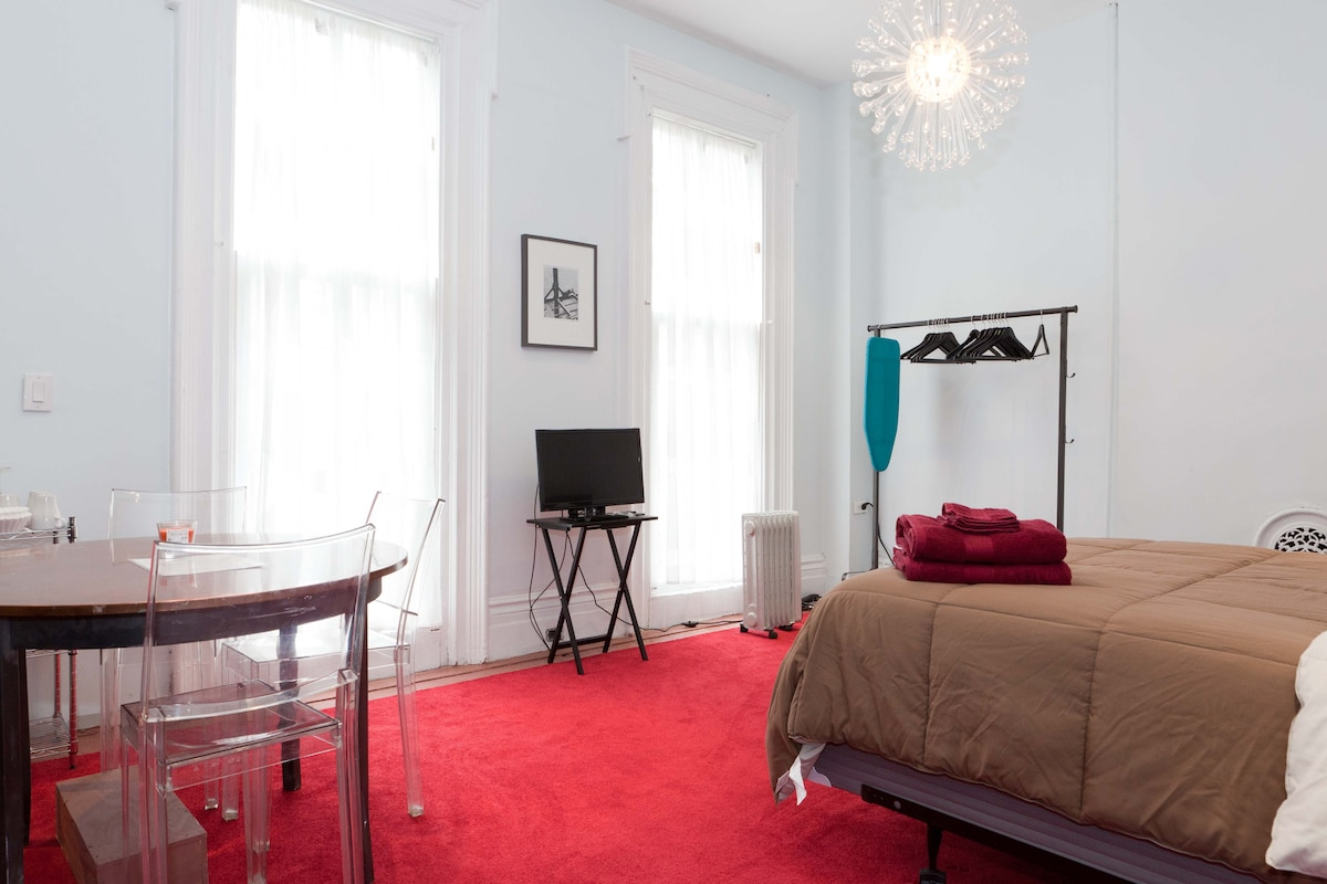 Spacious Studio 3 - Fort Greene