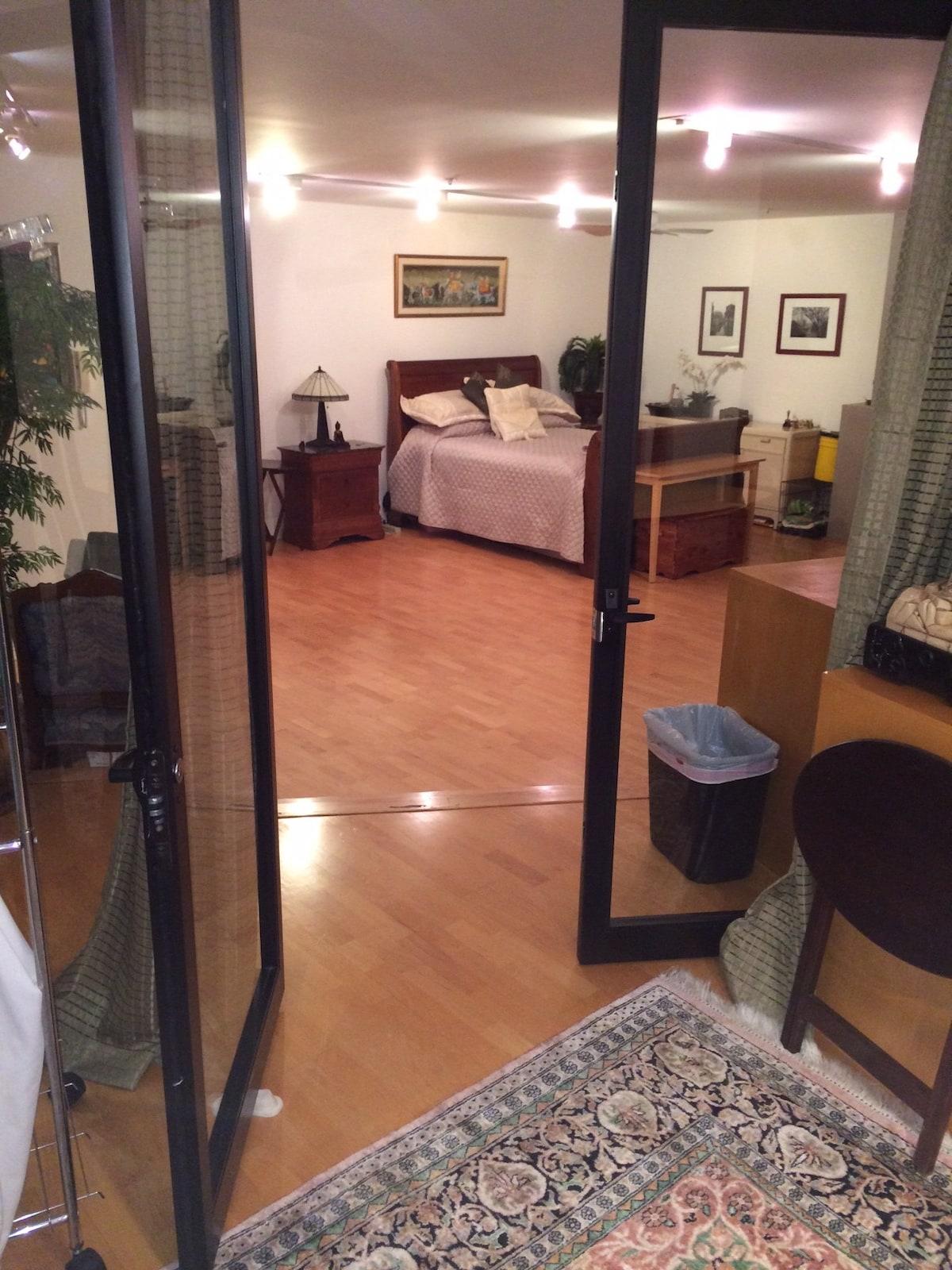 Modern 1 Bedroom in Heart of SOMA!