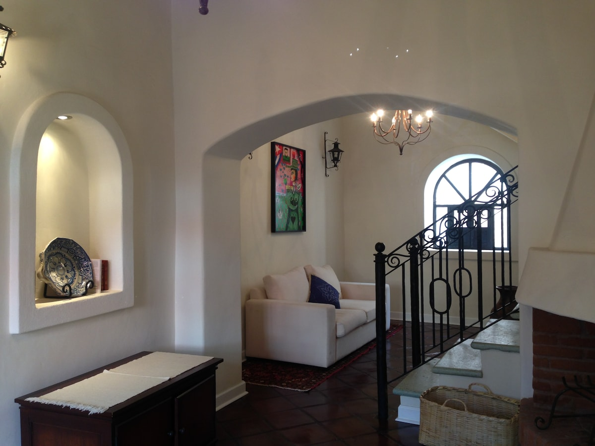 Historic Home Steps from Centro