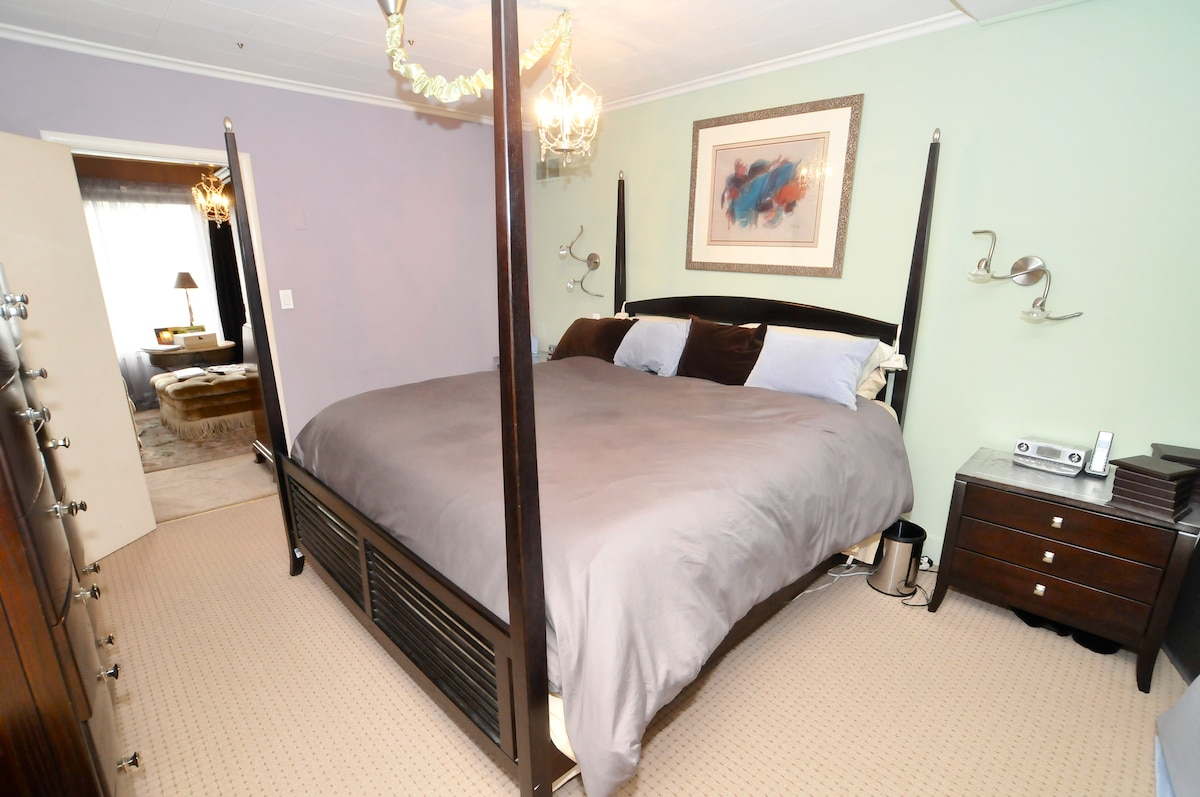 California King bed in Master Suite!