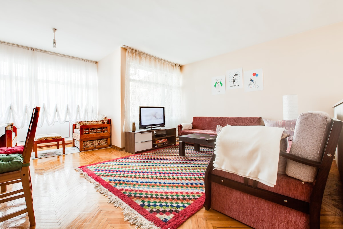 YOUR IDEAL HOME-GREAT ROOM&TERRACE!