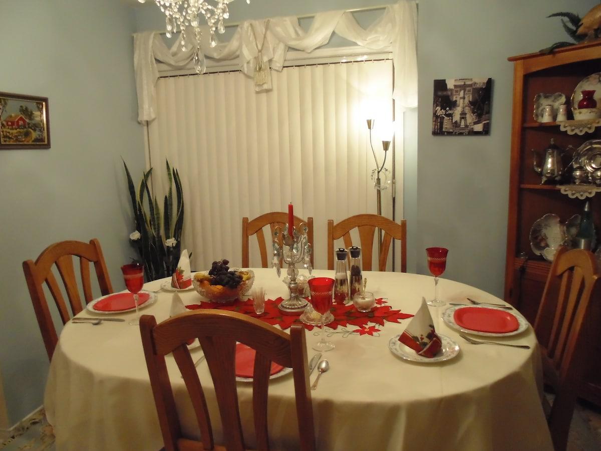 Breakfast area, Dining Room.