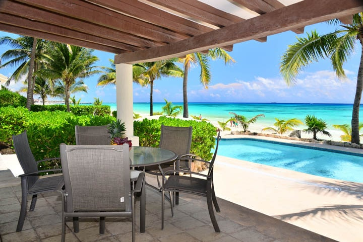 Caribe House #2 Oceanfront Retreat