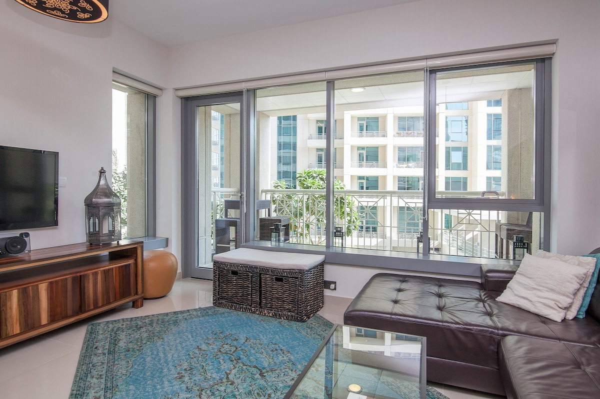 Trendy Apartment - Downtown Dubai