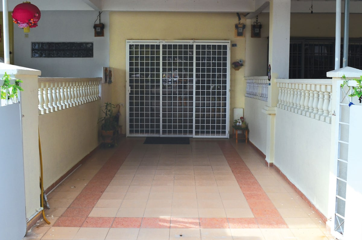 A gated front porch for safe parking.