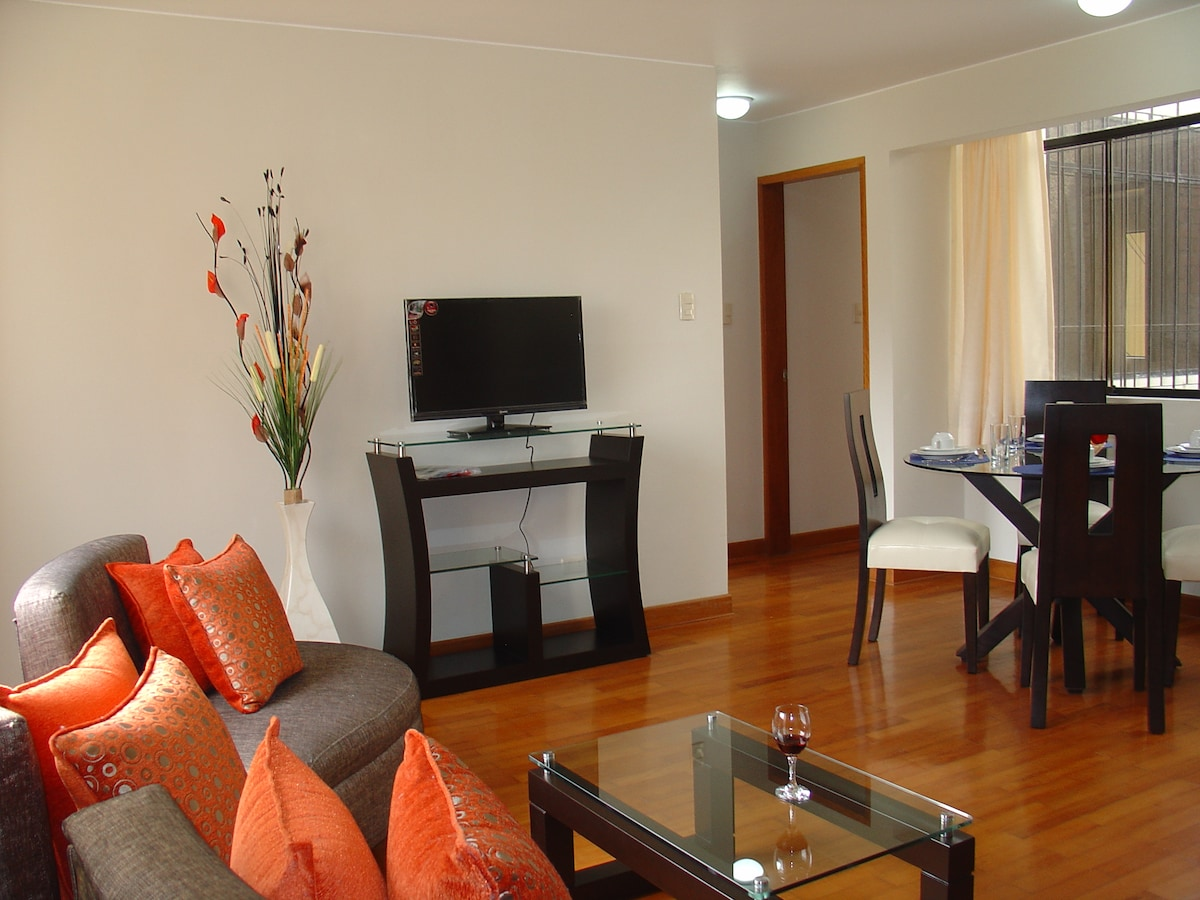 FULLY FURNISHED APT. MIRAFLORES 201