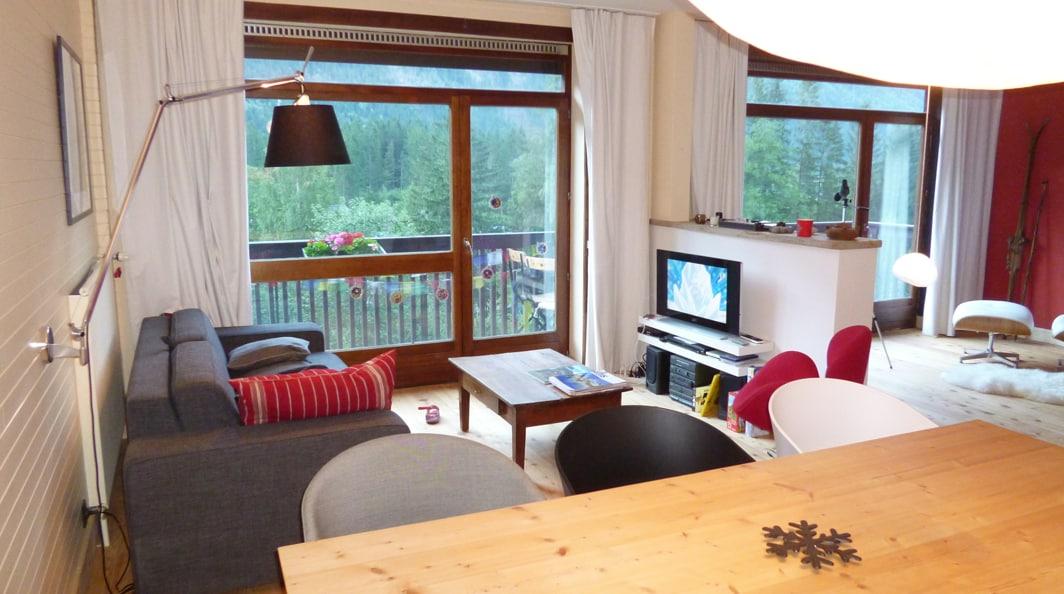 Salon, canapé, télé, DVD