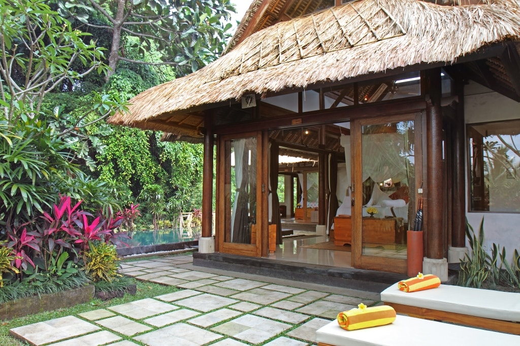 Another view of the exterior of Villa Ananda Sri