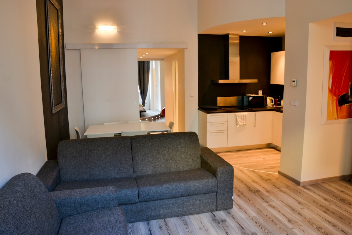 Luxury Flat - 2Bedrooms Apartment
