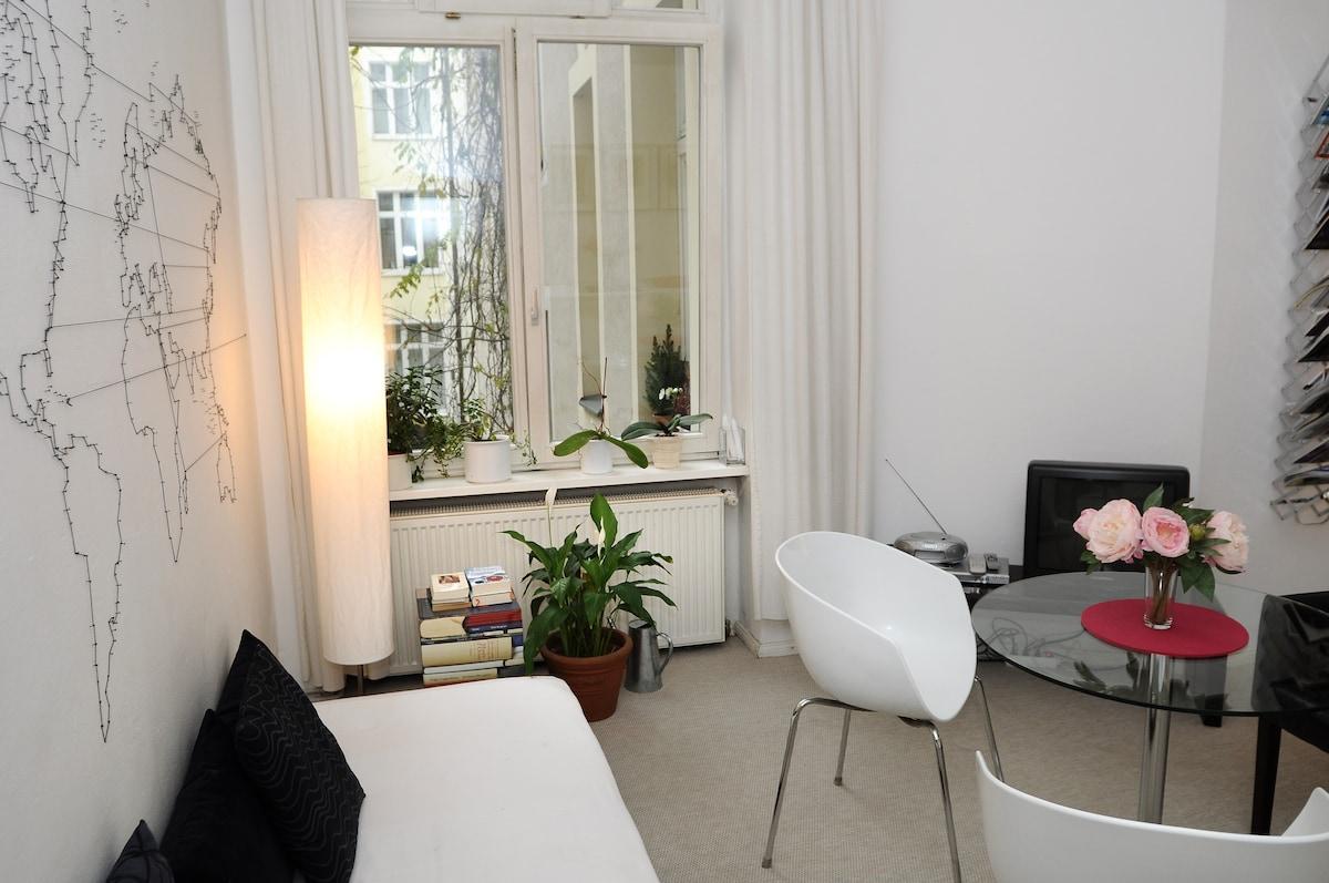 guest-room-berlin 1