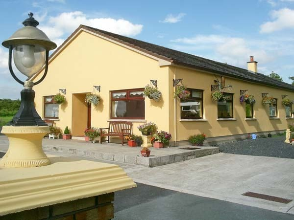 Derry House - great vacation location for trips throughout Kerry, Cork, Clare and Limerick