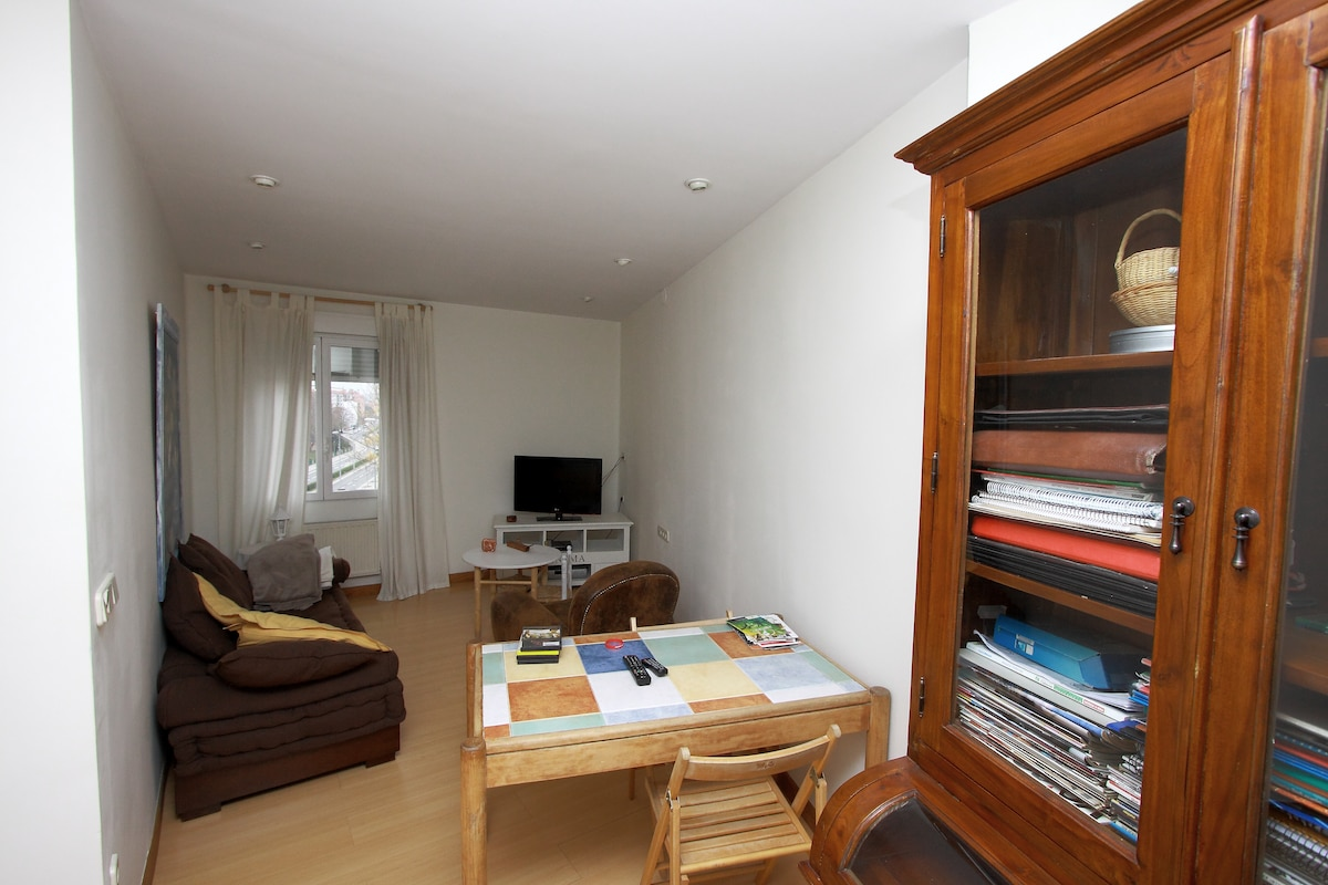 Warm and cosy stay in Pamplona R1