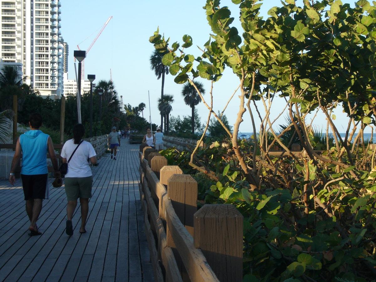 access to beach boardwalk