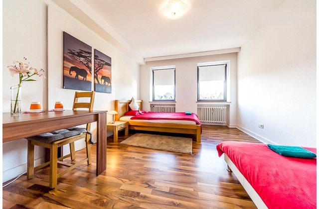 Cathedralview(Queensize+Single)bed