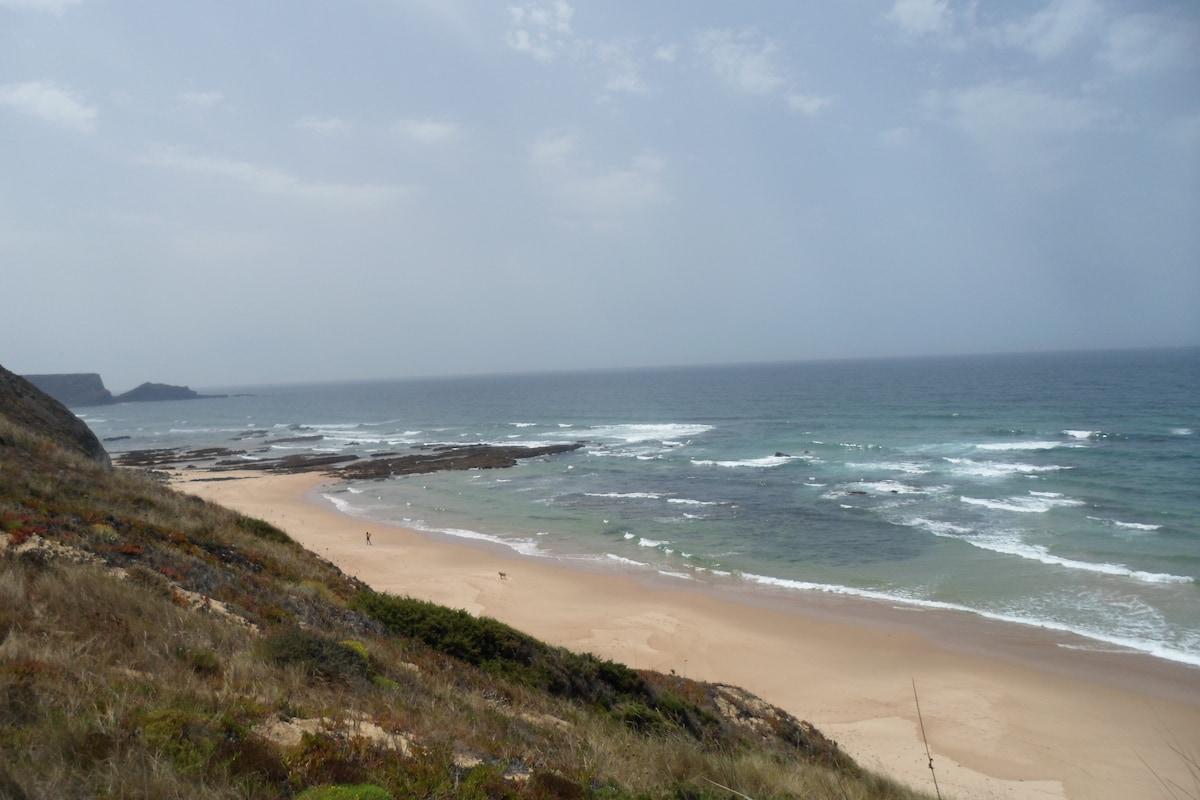 studio 5 minuts from beach