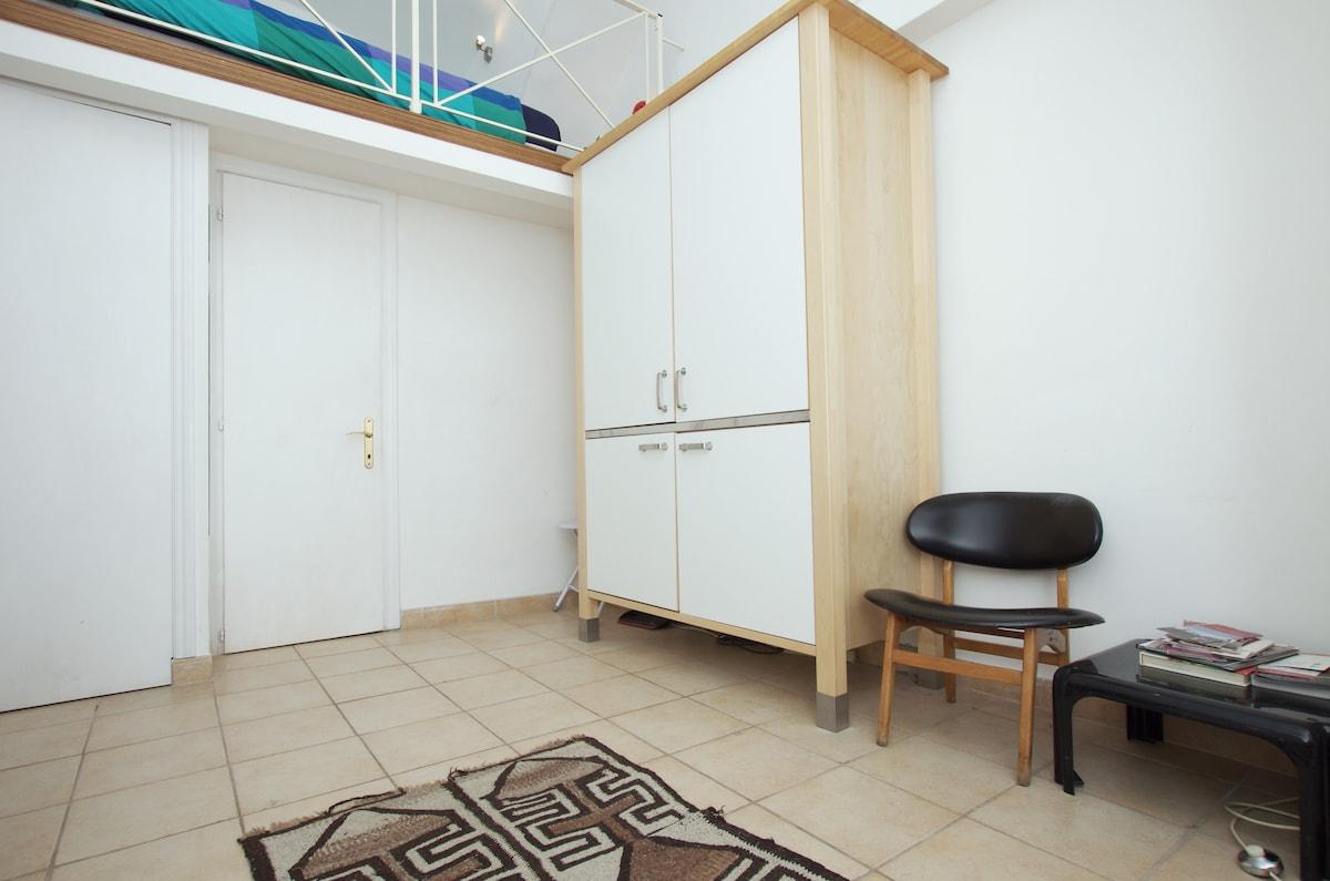 Cosy Mezzanine Studio in Testaccio