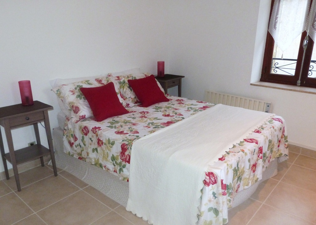 Chambre des Roses... double bedroom